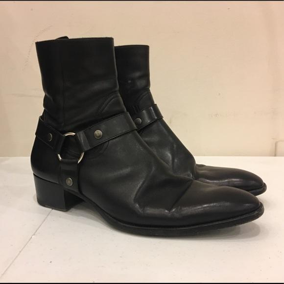 Men s Saint Laurent Black Leather Wyatt 40 Boots. M 5b86269842aa761ef45dba3c 71c327fa0